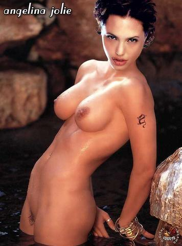 models Angelina Jolie 18 years Without swimsuit pics beach
