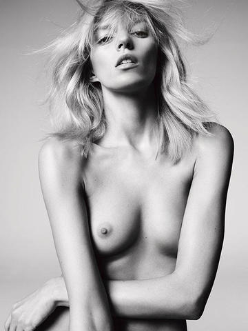 Anja Rubik nude photo