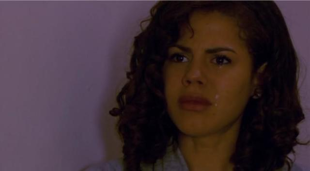 actress Lenora Crichlow 23 years Without slip photos in the club