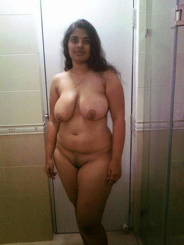 Naked Sitara Shah photos