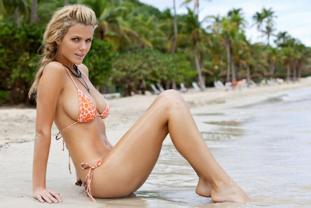 Brooklyn Decker nude photo