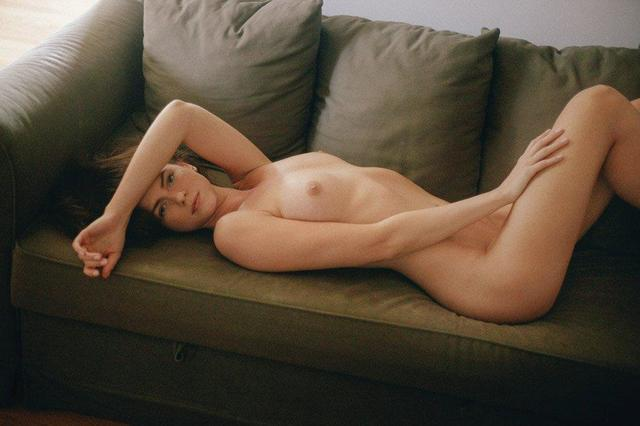 actress Cameron D. 20 years nude art picture home