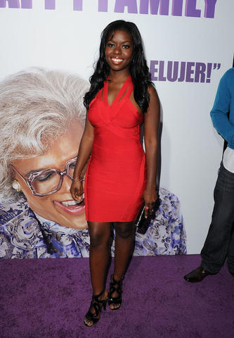 models Camille Winbush 24 years Without panties photos beach