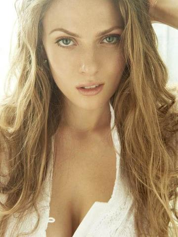 models Candice De Visser 23 years raunchy snapshot home