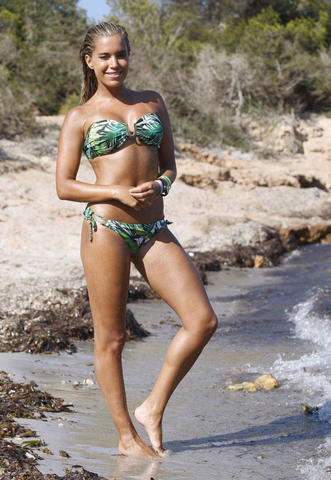actress Ksenia Lavrentieva 23 years Without clothing photos beach
