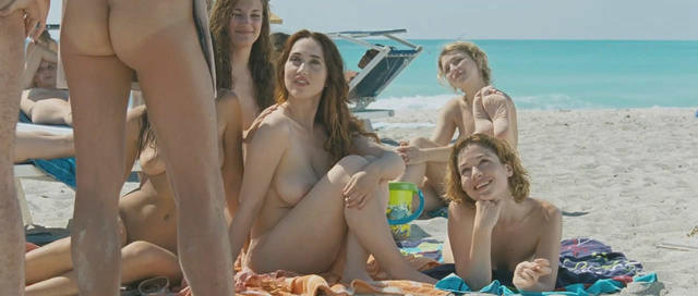 actress Chiara Francini 19 years undressed picture beach