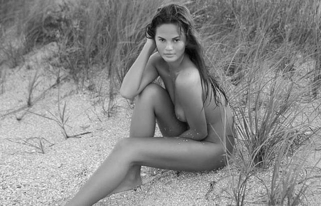 models Lauren Caster 24 years naked foto beach