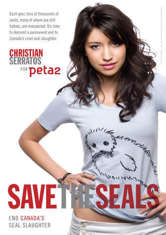 actress Christian Serratos 24 years Without slip snapshot in the club