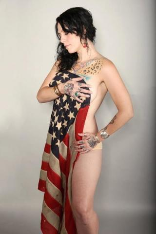 Danielle Colby-Cushman nude snapshot