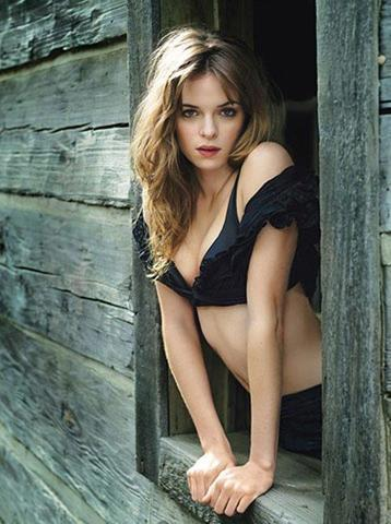 models Danielle Panabaker 23 years libidinous picture home