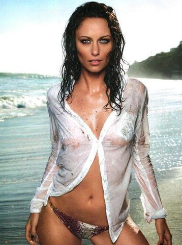 actress Deanna Russo 23 years Hottest image beach