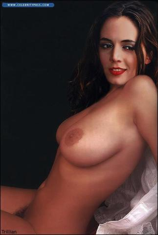 Eliza Dushku topless photo