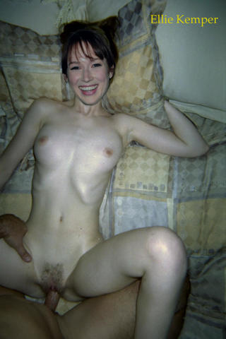 celebritie Ellie Kemper 18 years nude photo in the club
