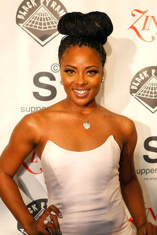 models Eva Marcille 20 years provoking picture home