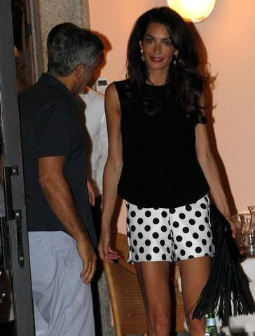 Hot photo Amal Clooney tits