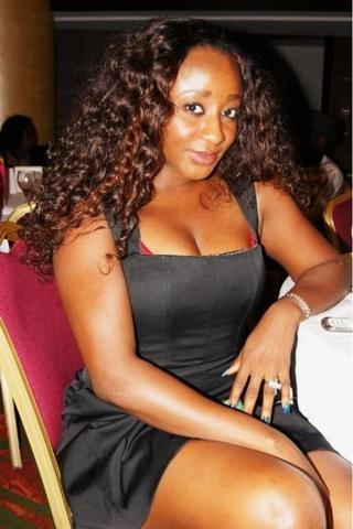 models Ini Edo 2015 obscene art beach