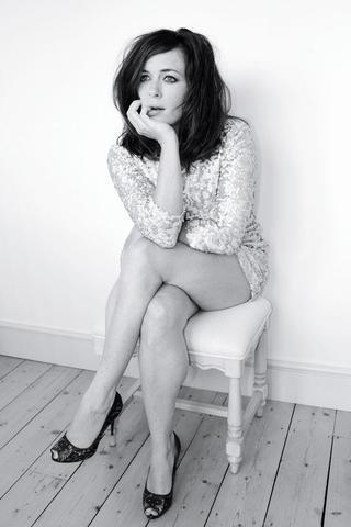 models Eve Myles 2015 romantic picture home