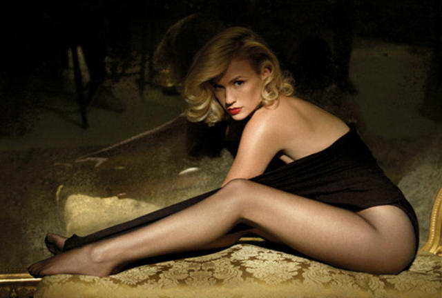 actress January Jones young Without swimsuit photography in public