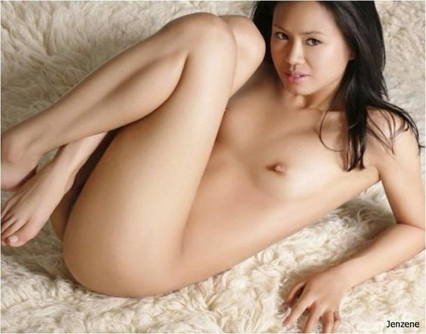 hardcore nude girls on bed pictures