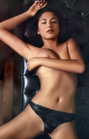 celebritie Jessica Lu 2015 breasts foto home