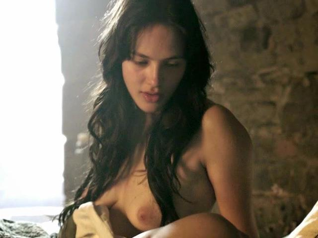 Jessica Brown Findlay nude image