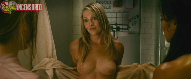 leah pipes nude