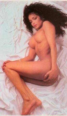 models Jessica Holmes 18 years bawdy photos home