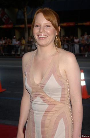 celebritie Lauren Ambrose young Without swimsuit foto in the club