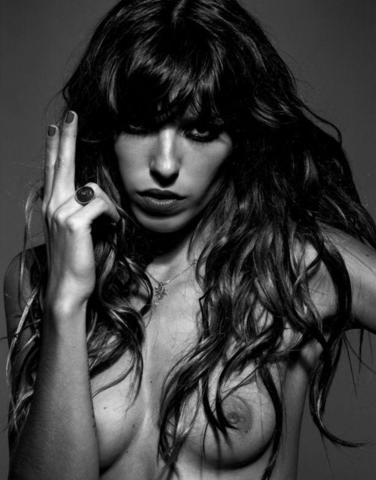 Sexy Lou Doillon foto High Quality