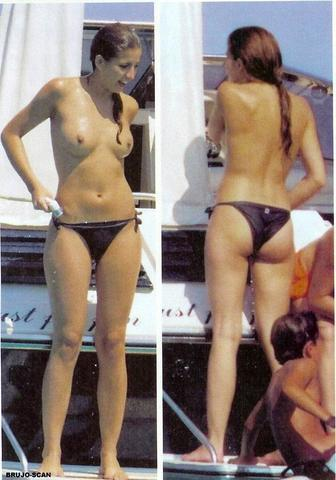 actress Lucía Jiménez 23 years lascivious pics in the club