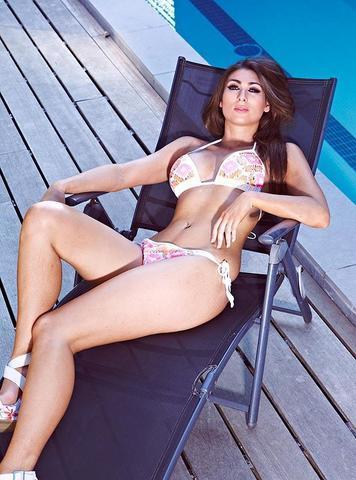 actress Luisa Zissman 25 years in one's birthday suit photos home