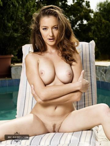 nude home photos of moms
