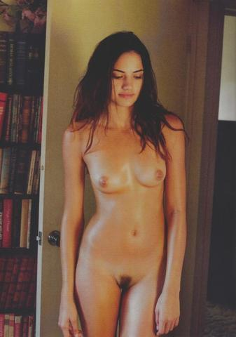 Naked Taryn Southern photoshoot