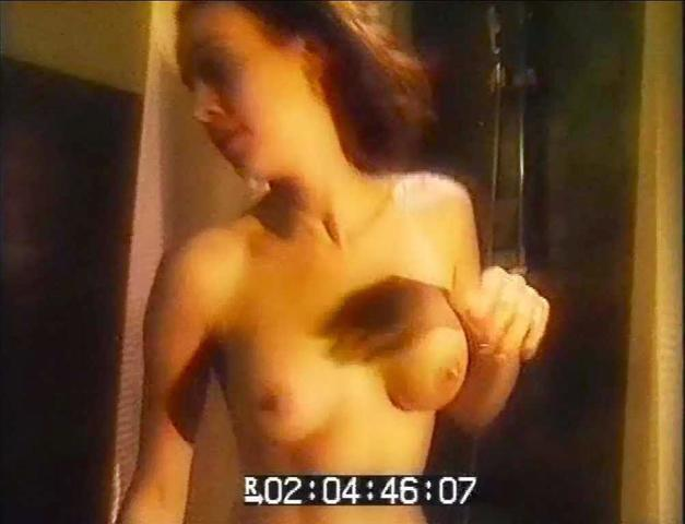 actress Rixt Leddy 18 years naturism pics in the club