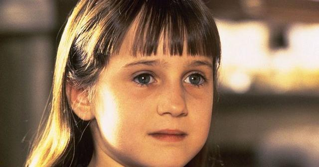 celebritie Mara Wilson 21 years fleshly foto beach