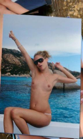 actress May Andersen 18 years voluptuous snapshot beach