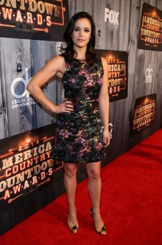 celebritie Melissa Fumero young Without slip foto in public
