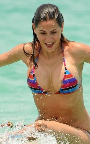 models Melissa Satta 22 years pussy image beach