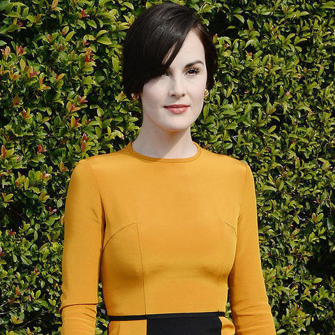 models Michelle Dockery 24 years lecherous photo in public