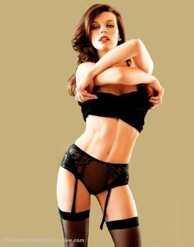 models Milla Jovovich 21 years naked pics in the club