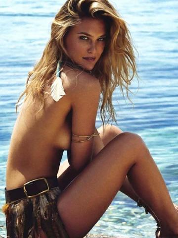 Bar Refaeli topless photos