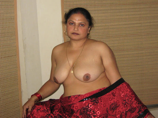 celebritie India Dupré 22 years the nude image beach