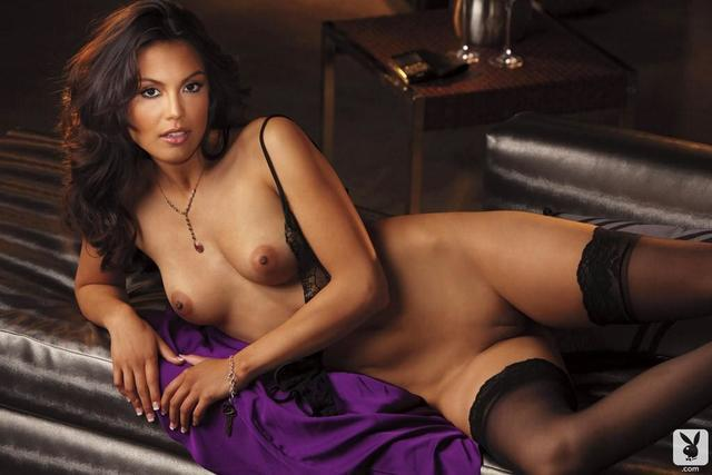 actress Raquel Pomplun 25 years Hottest photography in public