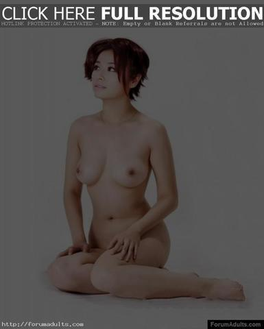 Ruby Lin topless snapshot