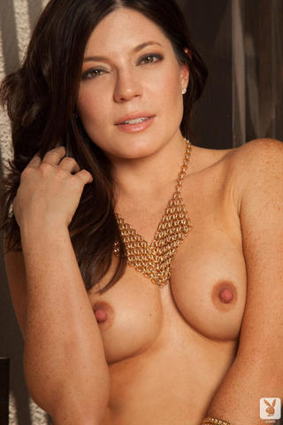 actress Katy Clayton 21 years k-naked picture home