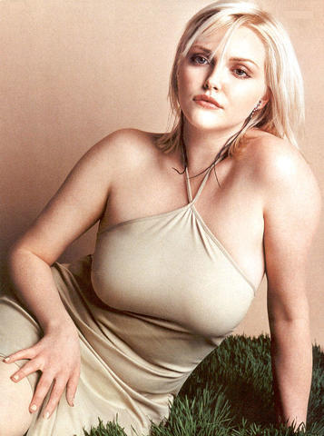 Sophie Dahl topless photos