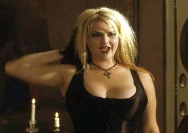 celebritie Sara Rue young ass photo in public