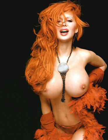 Sabrina Sabrok topless photography