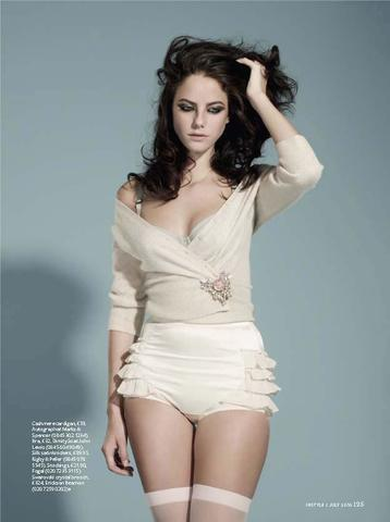 actress Kaya Scodelario 18 years impassioned snapshot beach