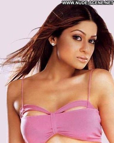 actress Shamita Shetty 23 years carnal snapshot home